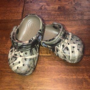 Toddler Camo crocs
